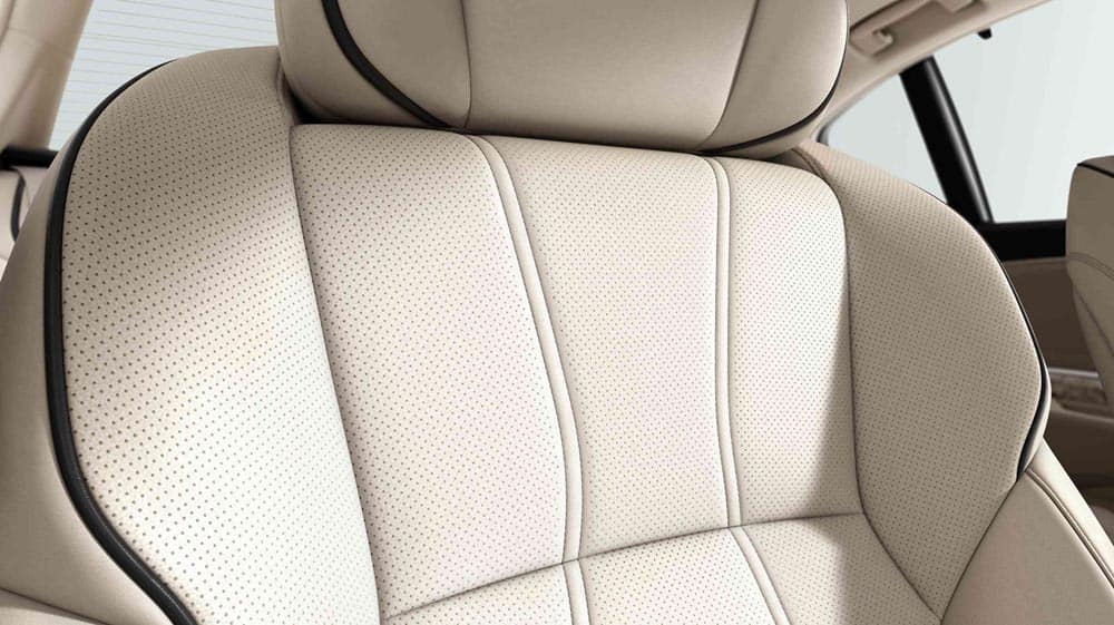 2018 Acura RLX seats