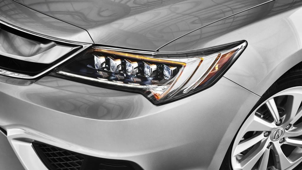 2017 Acura ILX headlight