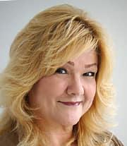Sandra  Reyes