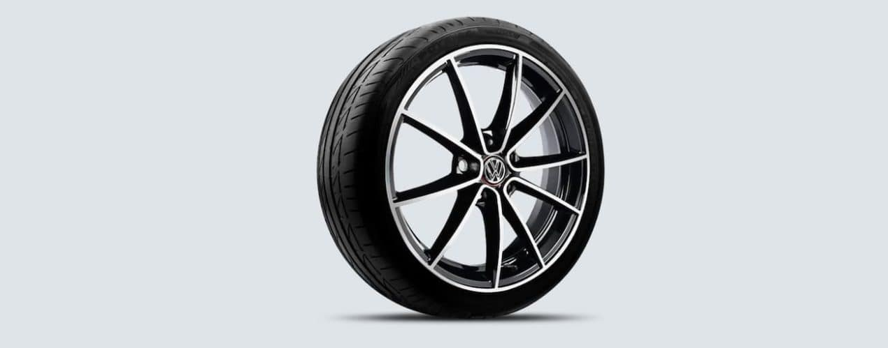 """An 18"""" 10-spoke alloy wheel from a 2022 Volkswagen GTI is shown."""