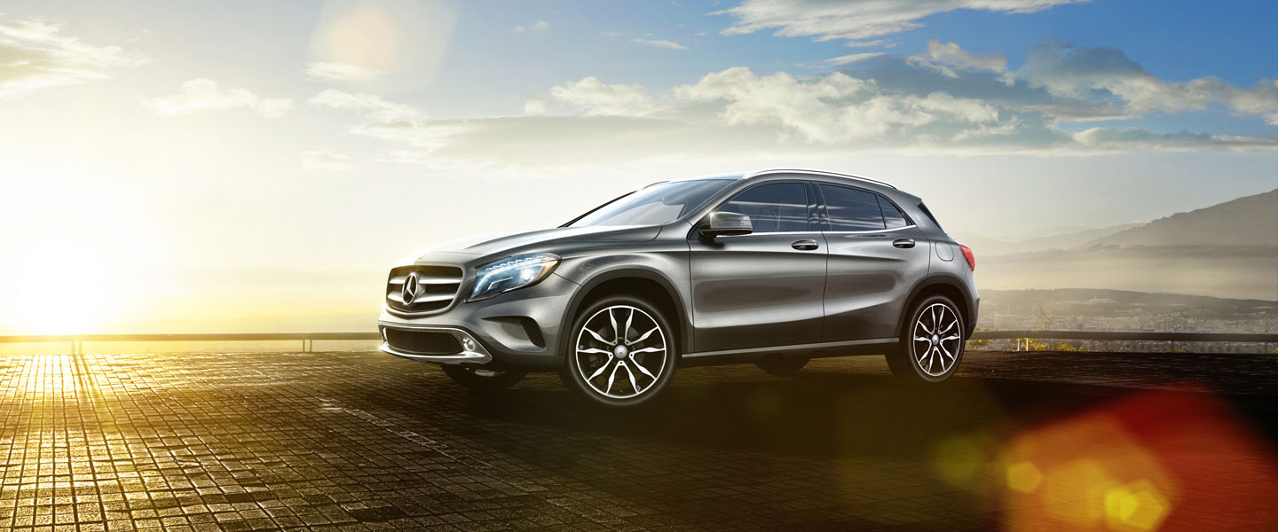 2015 mercedes benz in gla glenview il autohaus on edens for Autohaus on edens mercedes benz