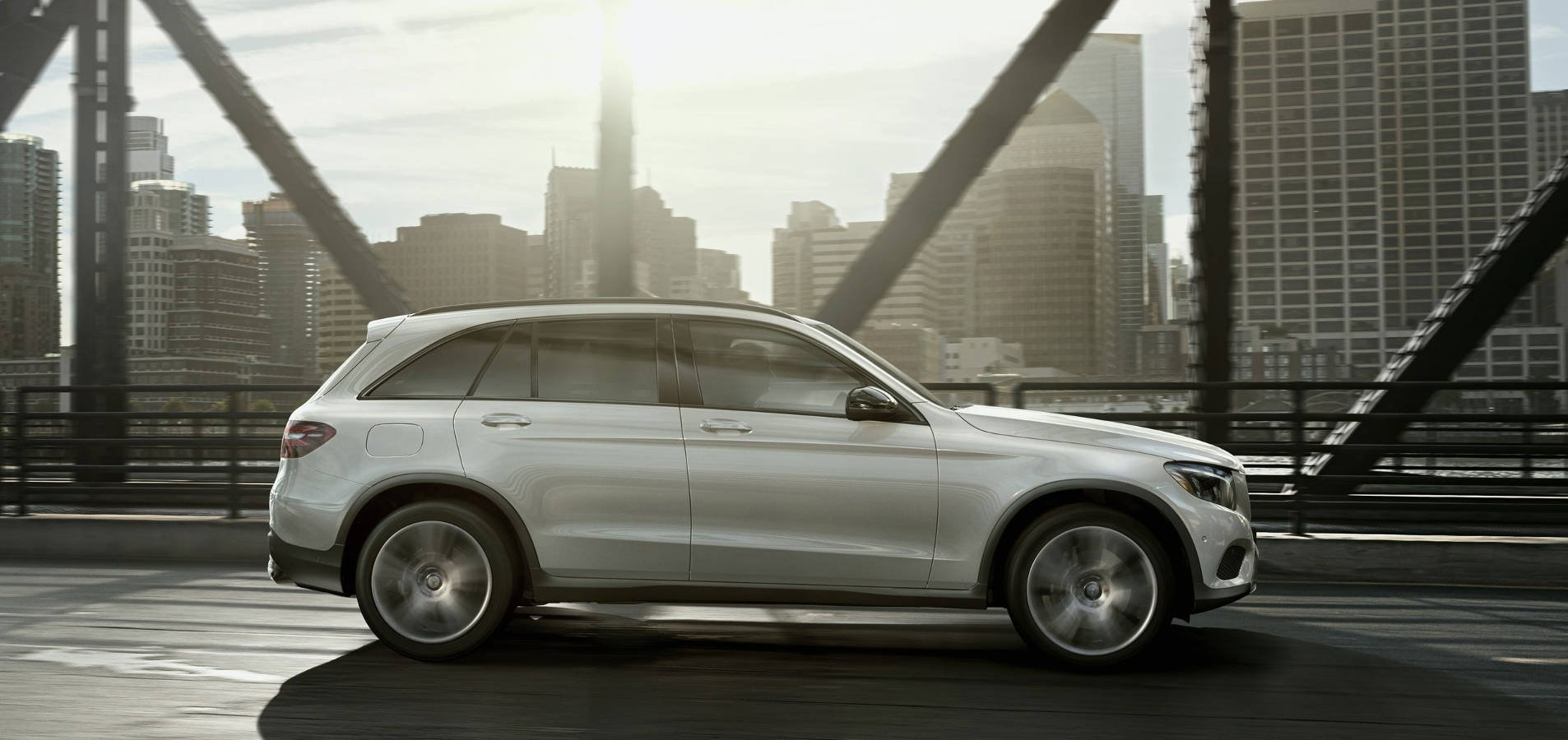 Mercedes-Benz GLC SUV in Northbrook, IL