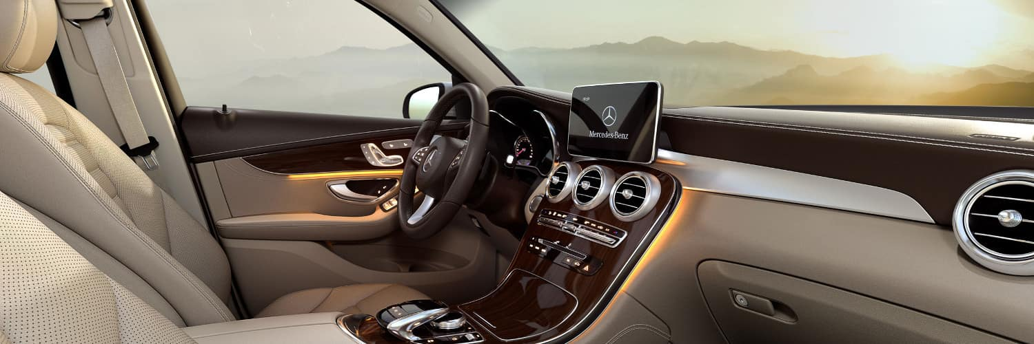 2018 mercedes-benz glc 300 interior