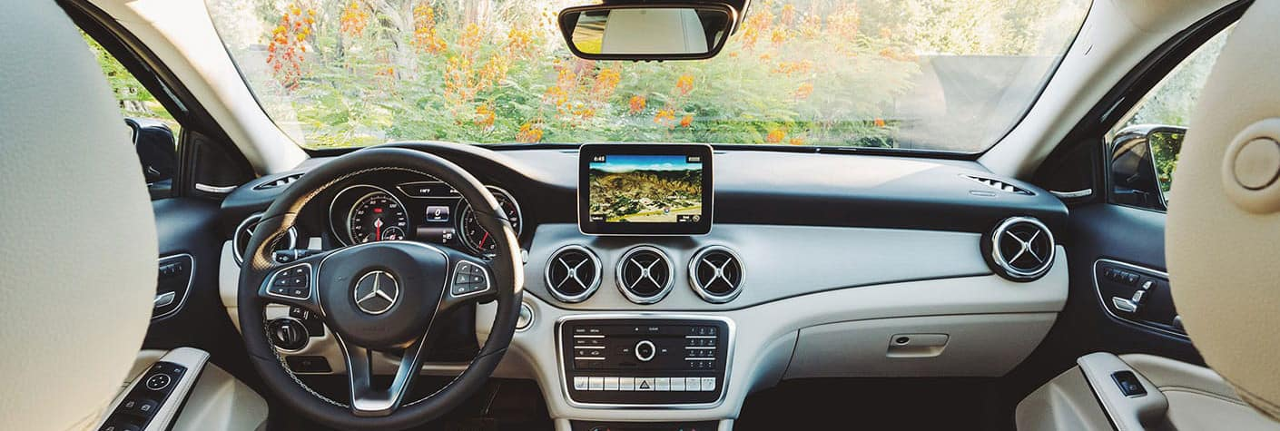 2019 Mercedes-Benz GLA SUV dashboard