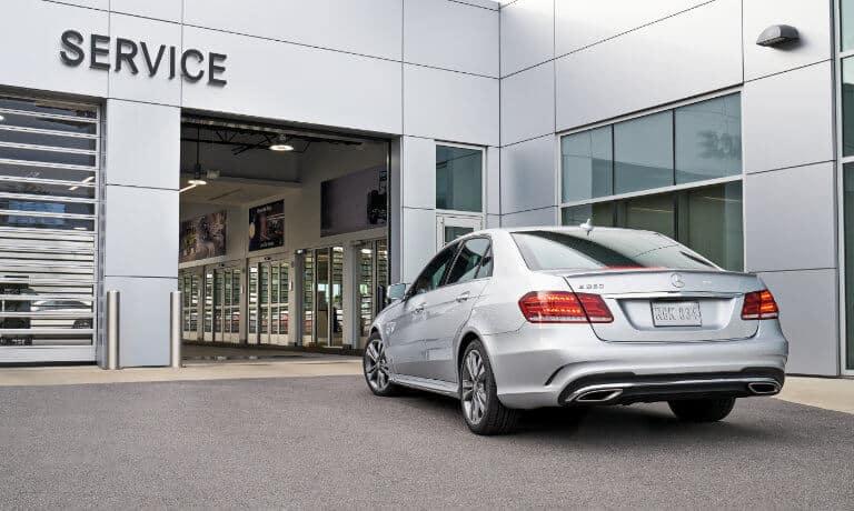 Car arriving at Mercedes-Benz service center