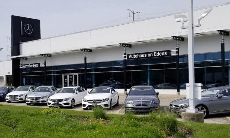 Autohaus on Edens Mercedes-Benz dealership in Northbrook, IL