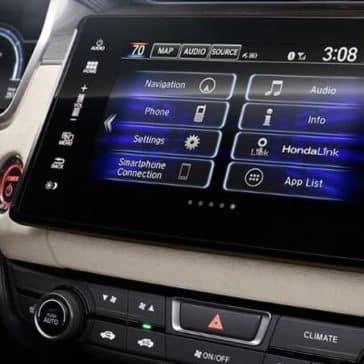 2018 Honda Clarity technology display