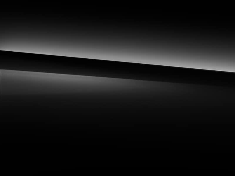 040 - Black