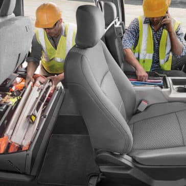 2018 Ford Super Duty Under-Seat Box