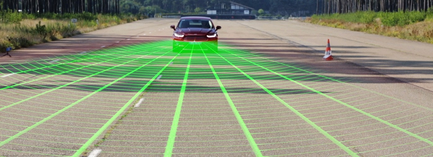 Ford safety tech in action (simulated green lines...)