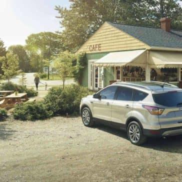 2018 Ford Escape Canada Titanium in White Gold