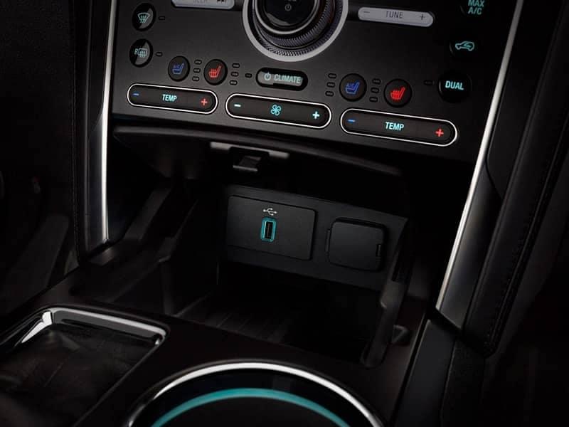 2018 Ford Explorer Canada smart charging