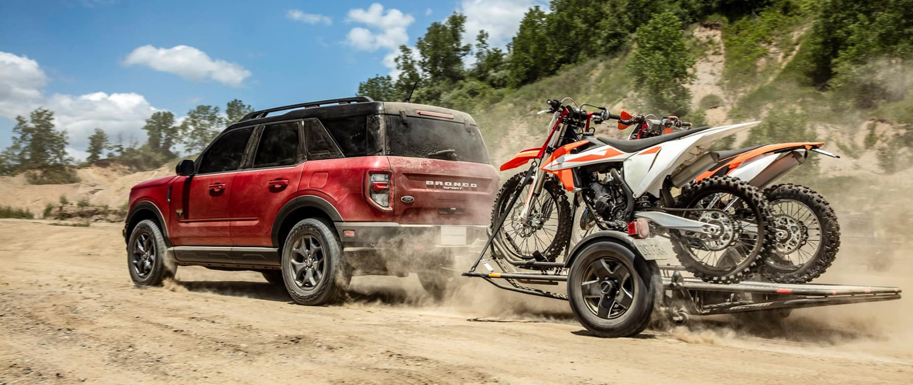 2021 Bronco pulling small trailer