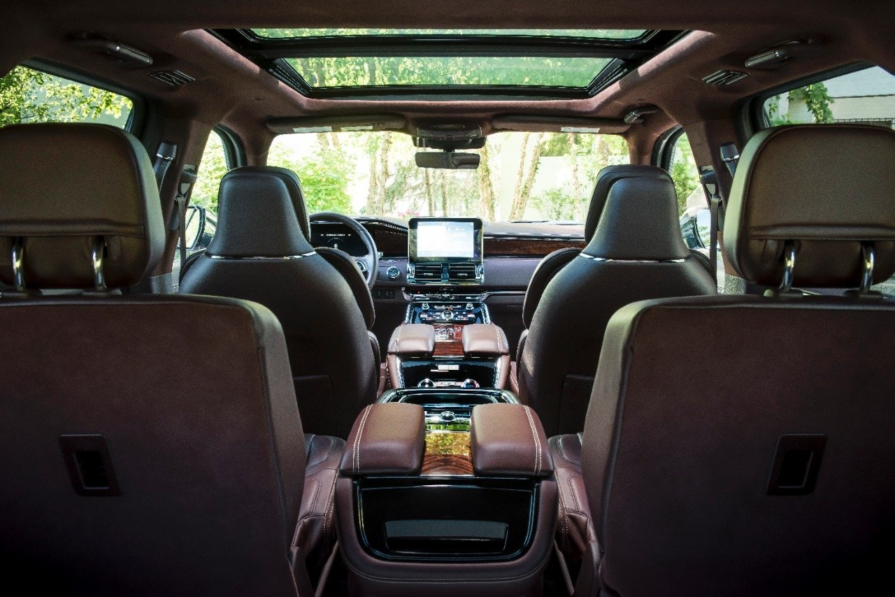Lincoln Navigator interior