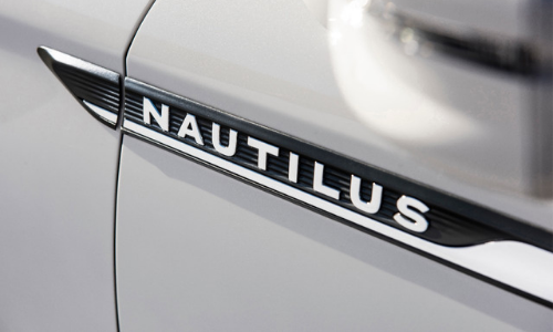 The details on the Nautilus are stunning.