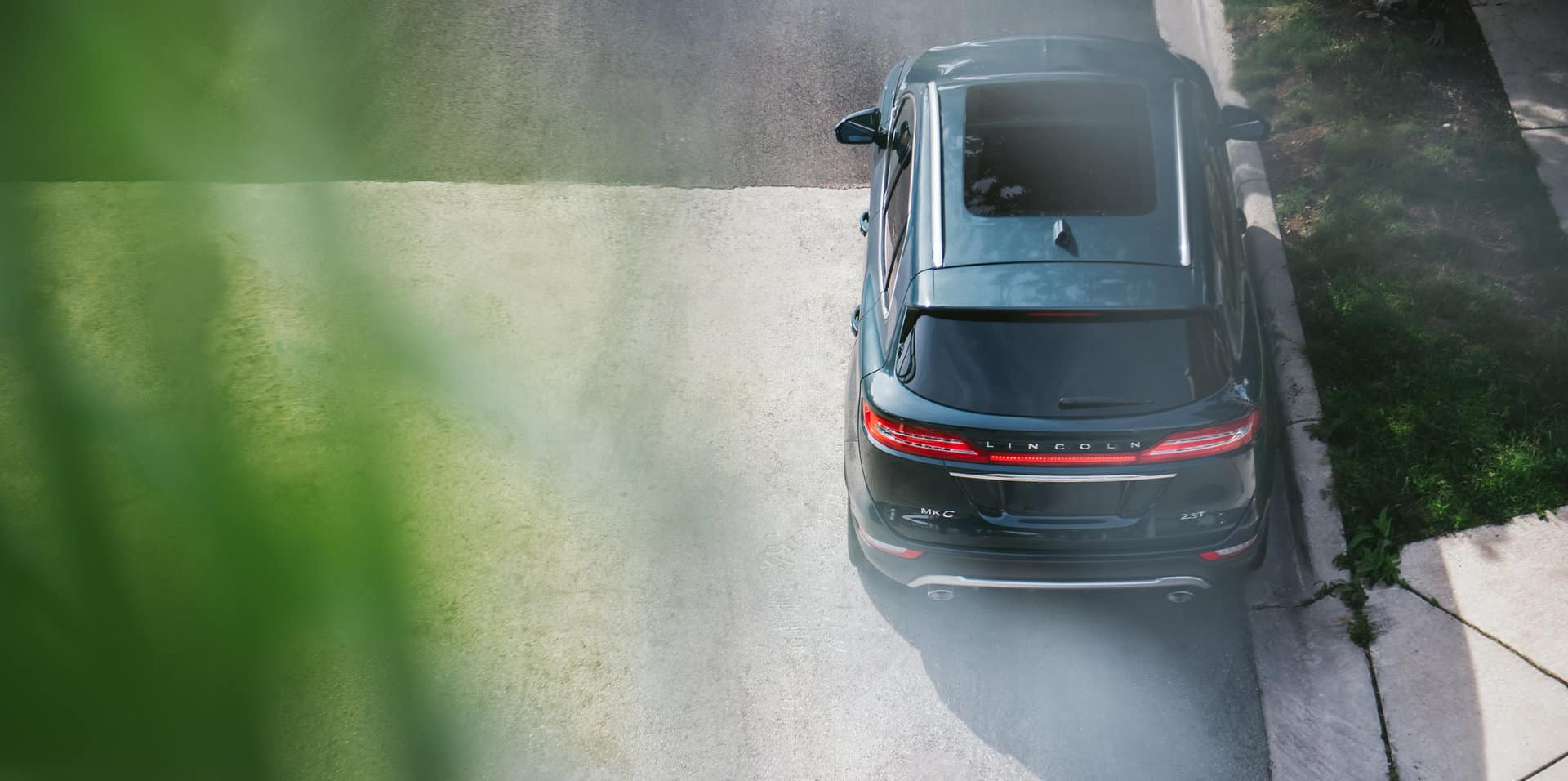 The 2019 Lincoln MKC looks good from every angle.