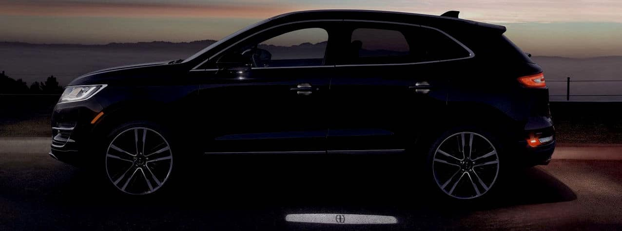 2018 Lincoln MKC (2017 Model Shown)