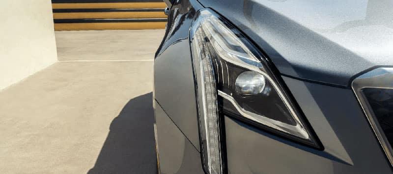 front headlight of Cadillac XT5