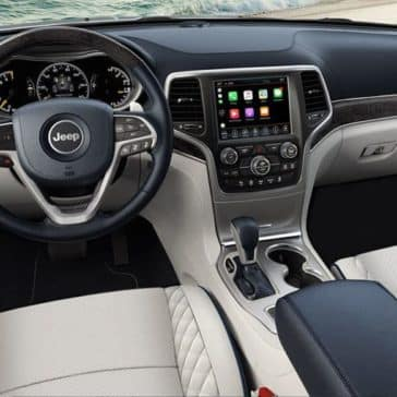 2018 Jeep Grand Cherokee Summit interior