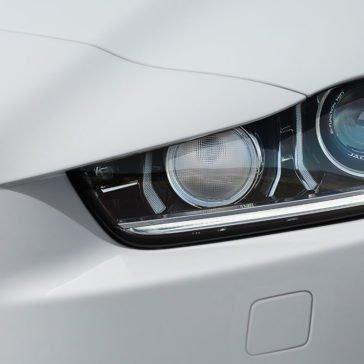 2018 Jaguar XE Headlight