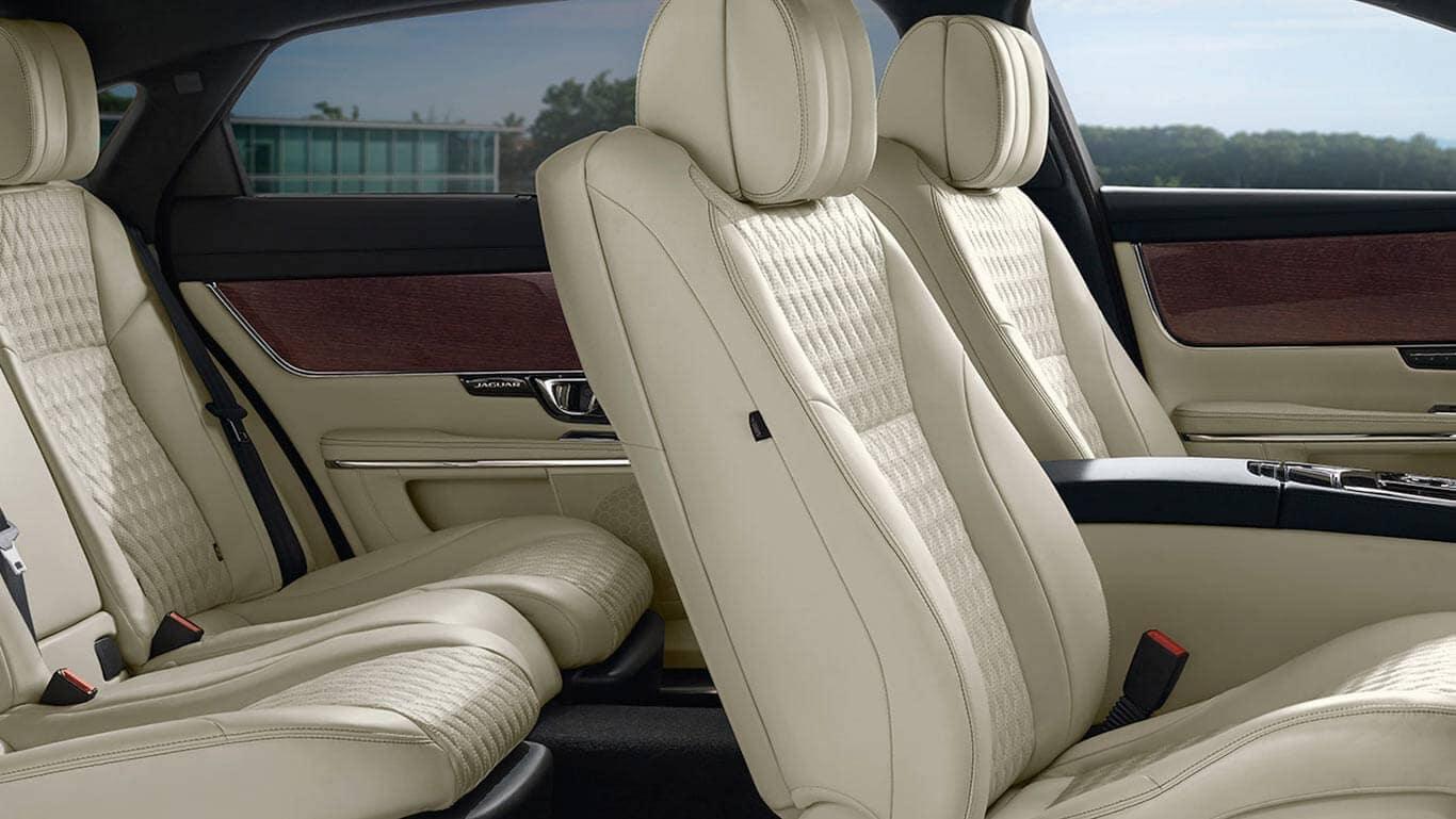 2018 Jaguar XJ front seats