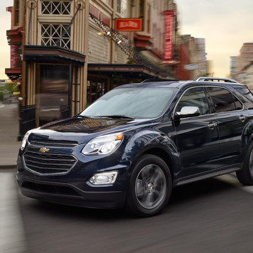 2017 Chevy Equinox Driving