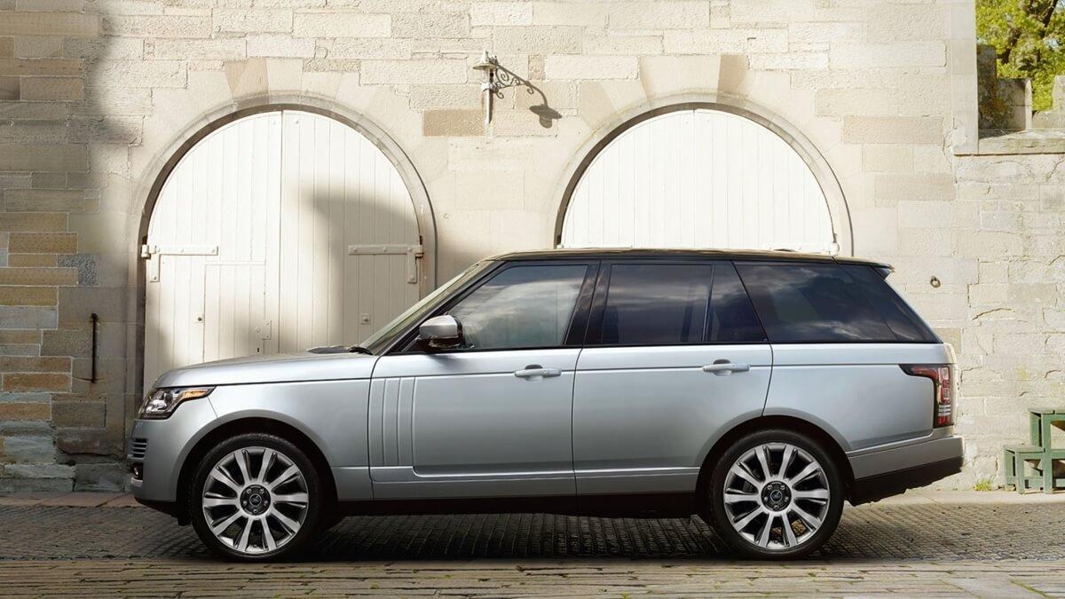 2017 Land Rover Range Rover Exterior View