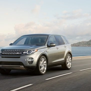 2017 Land Rover Discovery Sport driving