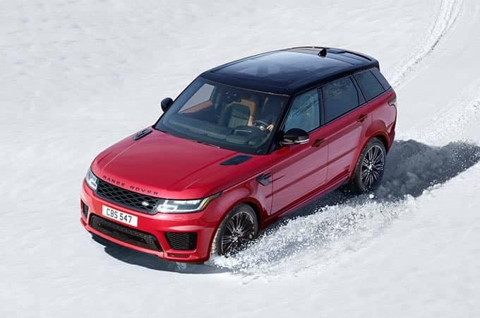 2018 Land Rover Range Rover Sport Off-Roading Through Snow
