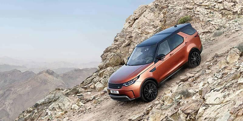 2019 Land Rover Discovery Off-Roading