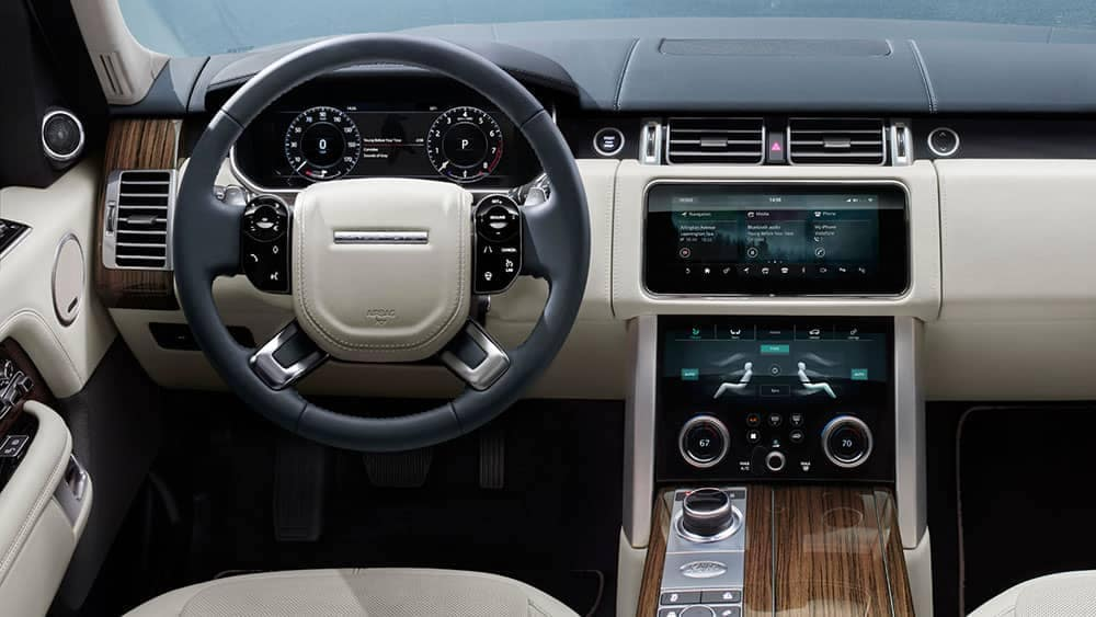 2019 Land Rover Range Rover Dashboard and Steering Wheel