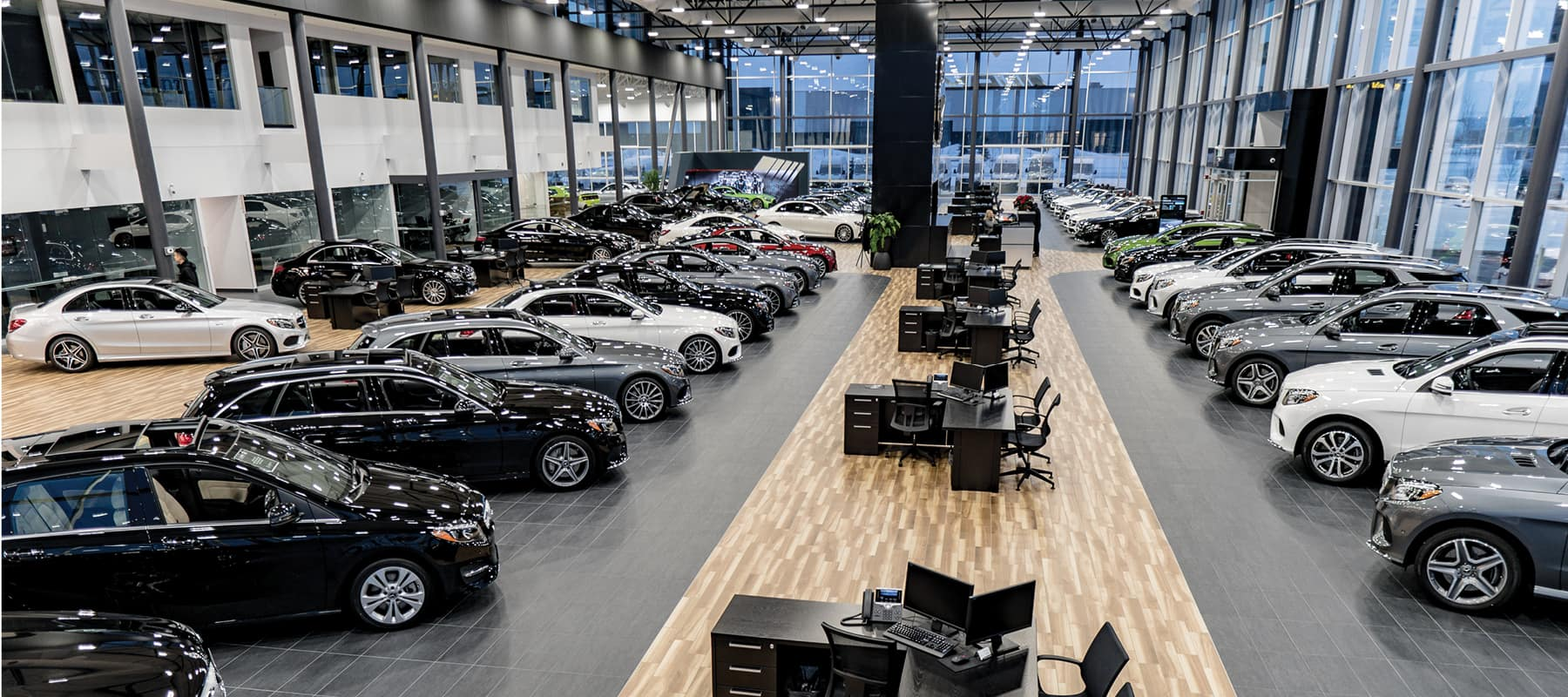 Mercedes benz country hills calgary mercedes benz dealership for Mercedes benz dealers