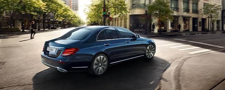 2017-mercedes-benz-e-class-sedan-blue-rear