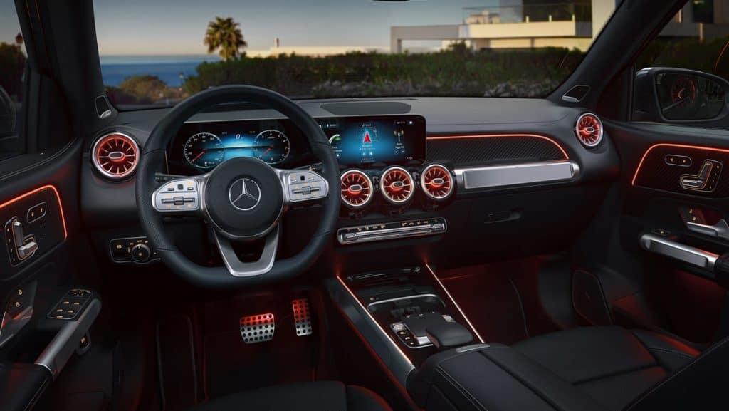 2021-Mercedes-Benz-GLB-SUV-Interior