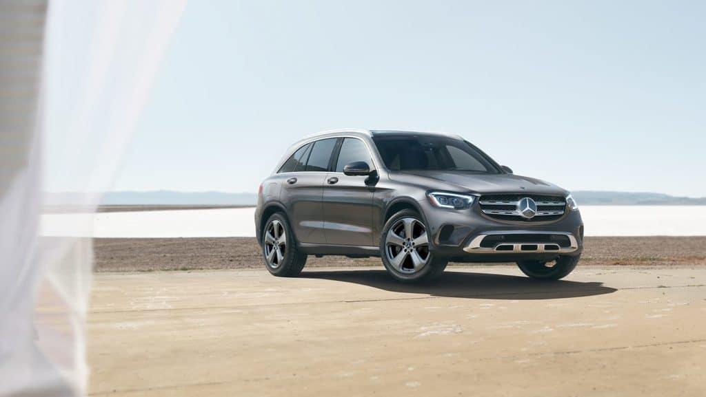 2021-Mercedes-Benz-GLC-SUV-Sideview