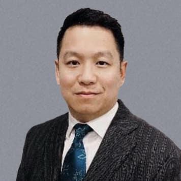 Kenneth<br> Li