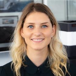 Cassandra  Raben