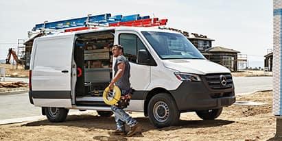 2018 Metris Cargo Van<br><small>Stock Number 587370</small>