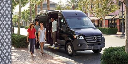 2018 Metris Passenger Van<br><small>Stock Number 552080</small>