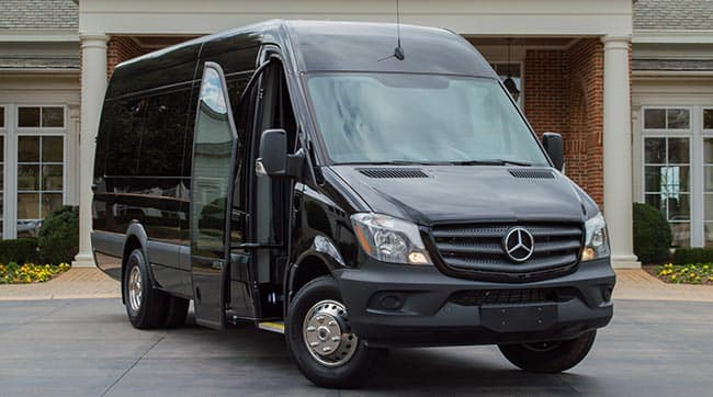 Mercedes-Benz Sprinter Salon Exterior