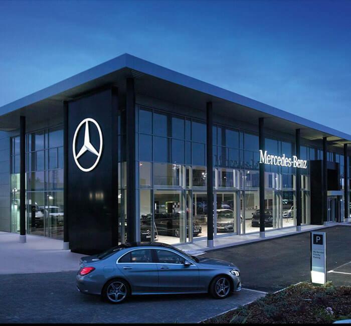 Mercedes Of Bedford >> Luxury Dealership Beachwood Oh Mercedes Benz Of Bedford