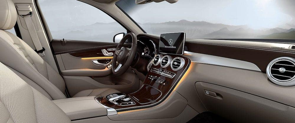 2019 mercedes-benz glc interior front cabin
