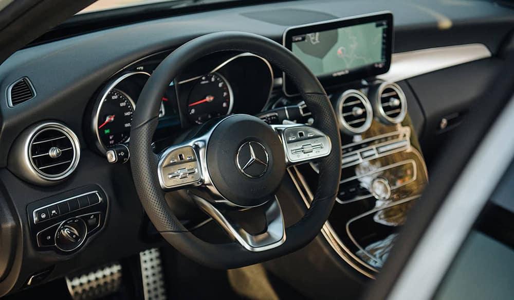 2019 Mercedes-Benz C-Class Sedan dashboard