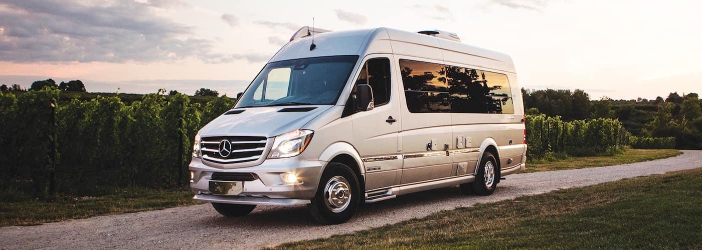 Mercedes-Benz-Interstate-Lounge