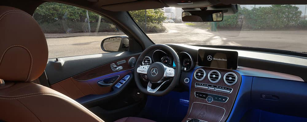 Why Is My Steering Wheel Shaking? | Mercedes-Benz of Chandler