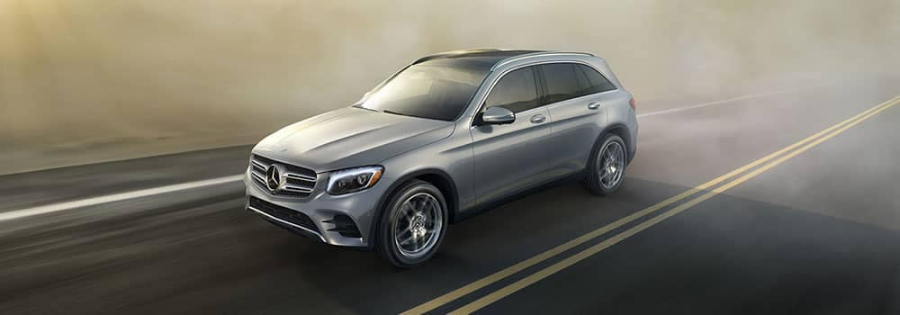2019 Mercedes-Benz GLC Driving in Fog on the highway