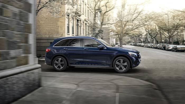 2019 Mercedes-Benz GLC Turning a Corner