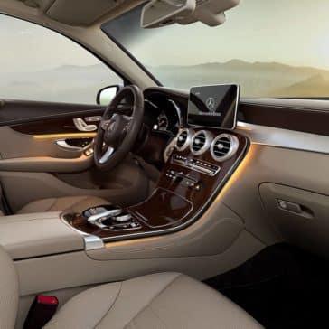 2019 Mercedes-Benz GLC SUV front interior