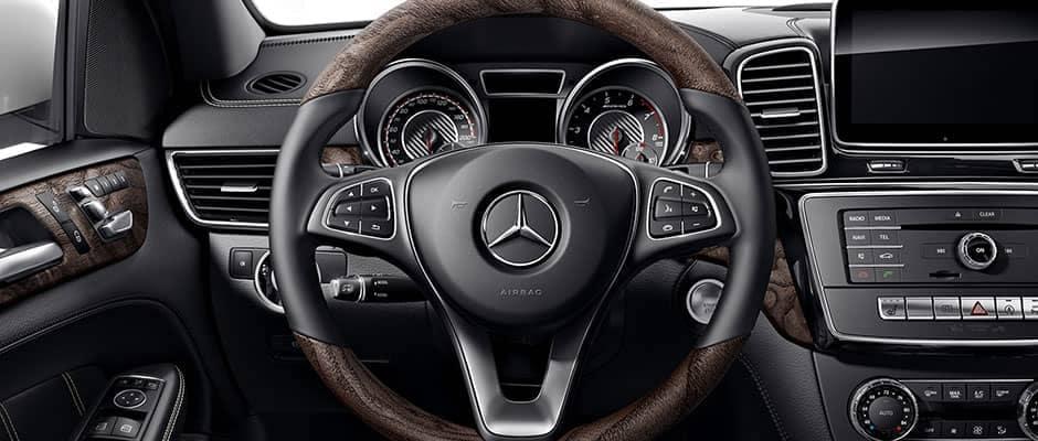 2019 Mercedes-Benz GLE steering wheel