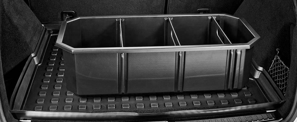 Mercedes-Benz Cargo Box